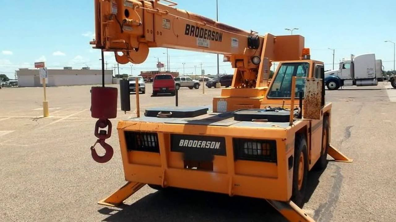 593 2004 Broderson IC80 3G 8 5t Carry Deck Crane