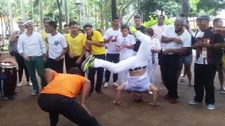 Roda de capoeira só os Camaradas  na Praça da Catedral em Ribeirão Preto 2017