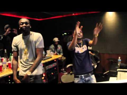 Meek Mill & Kendrick Lamar - A1 Everything (In Studio Performence)
