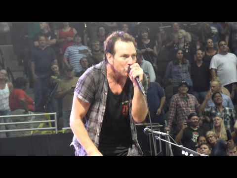 Pearl Jam Concert in Jacksonville 2016