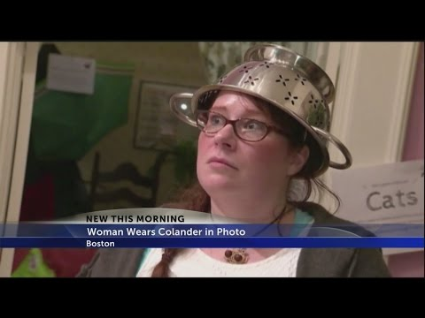 Pastafarian gets to wear strainer on head in license photo