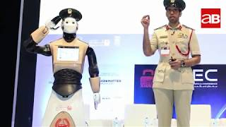 How does Dubai Police implement Artificial Intelligence in their operations?