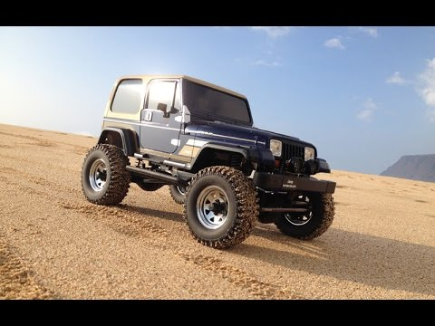 tamiya jeep wrangler yj w axial scx10 chassis polihale hawai i shores dunes youtube. Black Bedroom Furniture Sets. Home Design Ideas