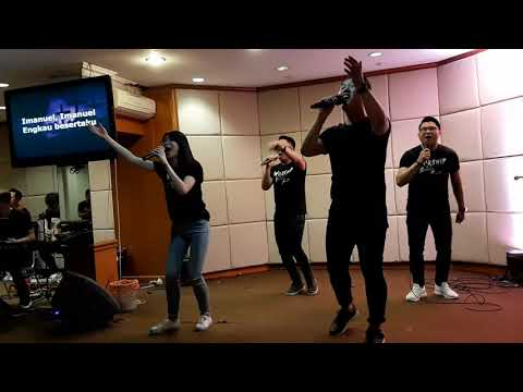 Immanuel - JPCC (Lirik Dan Video)