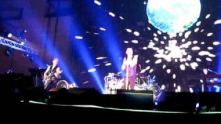 Depeche Mode - Miles Away / the Truth is (Live In Barcelona 20/11/2009)