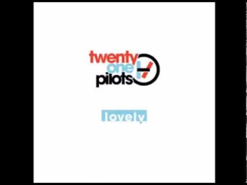 twenty one pilots: Lovely (Combo)