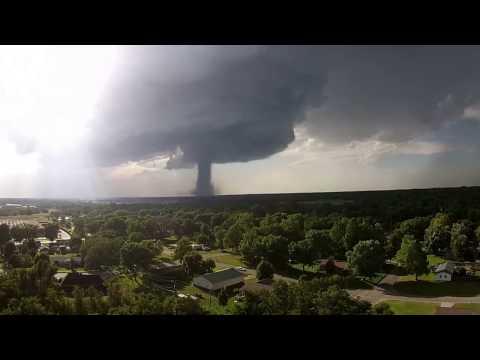 Hutchinson Kansas tornado 7 13 2015 Drone footage
