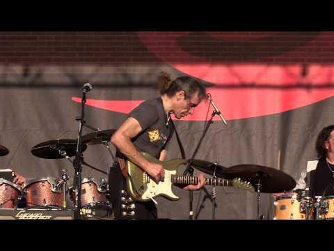 "Chris Duarte - ""Big Legged Woman"" (Live at the 2017 Dallas International Guitar Show)"