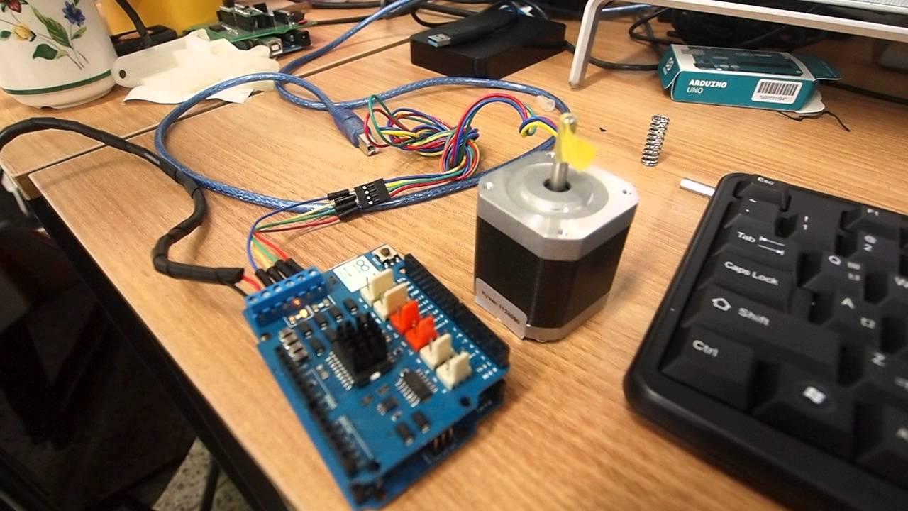 Arduino R3 Motor Shield Nema17 Stepper Motor