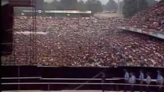 Crazy Fans OF Michael Jackson's