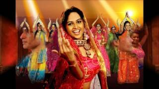 Download Hindi Video Songs - Merchants of Bollywood - O Rang Rasiya ( ending only)