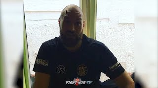 TYSON FURY SIGNS WILDER CONTRACT