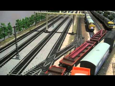 BR 1980's British Rail Hornby Model Train Layout Part 17