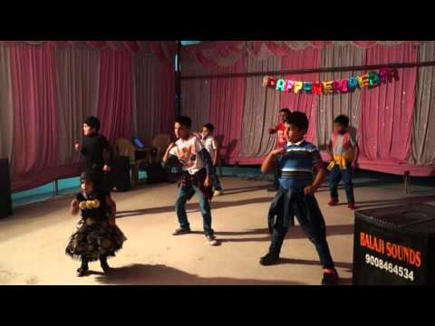 Dance On Aaj Ki Party Meri Taraf Se Song By Kids