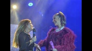 Fabiana Moneró & Claudia Leitte -  How can I go on