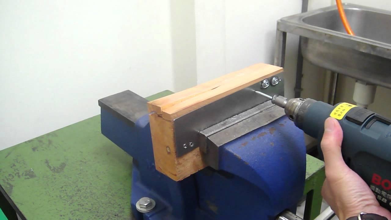 Sheet Metal To Wood Screws