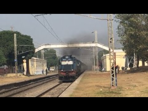 Twin Diesel Engine:ET Alco pulls the Sanghamitra Express at MPS