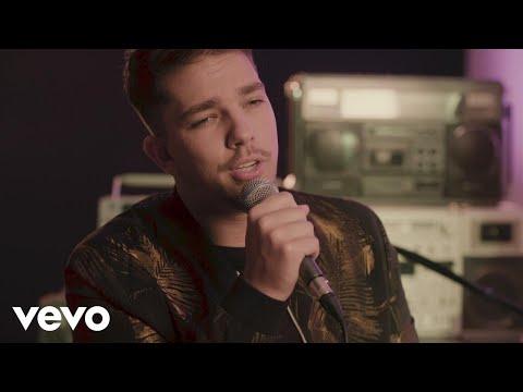 Matt Terry - SUBEME LA RADIO REMIX (Acoustic)
