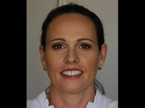 client-makeup-||-fresh-glowy-&-natural-makeup-||-kate-thompson