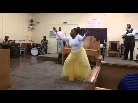 Greater is coming  (jekalyn carr) dance