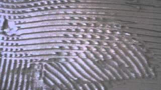 видео Рулонная шумоизоляция стен под обои: как ее сделать, пошаговая технология