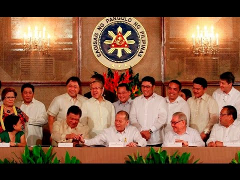 Pres. Aquino signs Philippine Competition Act & Amendments to Cabotage Law
