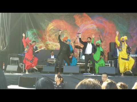 AMRINDER GILL | LIVE PERFORMANCE | CANADA | Vanjhali Vaja 2017