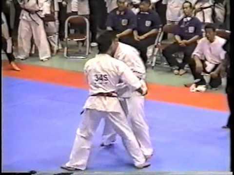 極真会館 2004年全関西大会 樋口恵士 2回戦 (Kyokushin 2004 All Kansai) 滋賀空手