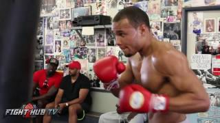 EXPLOSIVE! CHRIS EUBANK JR. UNLEASHES 8 PUNCH COMBOS ON HEAVY BAG