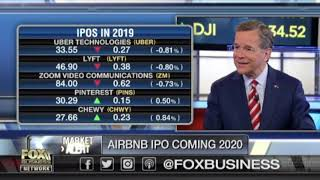 Gambar cover Airbnb IPO coming in 2020: There's a huge demand in investment, early investor says