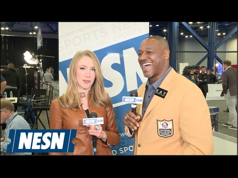 Derrick Brooks Shows Off Hall Of Fame Bling At Radio Row