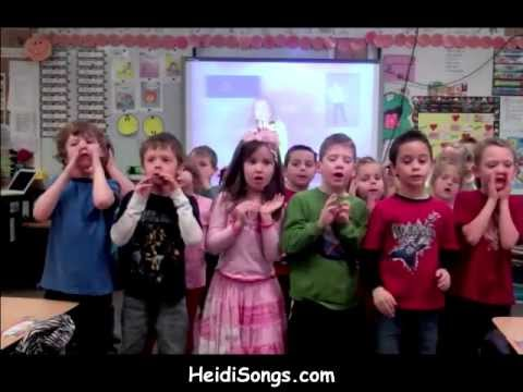"Ou-Ow ""Howl"" Phonics song"