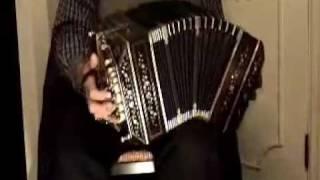 Bandoneon Solo 'Tango Argentino'.wmv