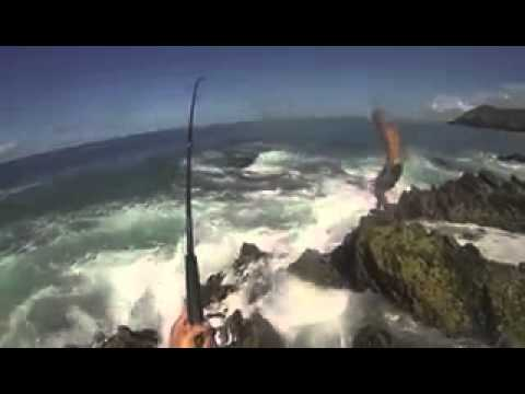 Gary's Tackle Box - Best extreme fishing video ever Morning Tide Fishing