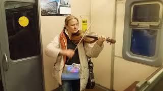 Шторм в электричке. Вивальди. Исполняет Оксана Екимова.