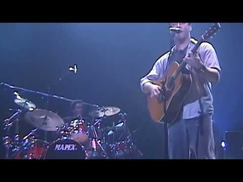 Dodo - Dave Matthews & Friends - 1/12/2004 - [3-Cam/TaperAud] - Seattle, WA mp3