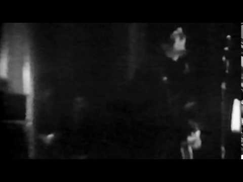 (Synced) The Beatles - Live At The Hammersmith Odeon - December 10th, 1965