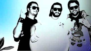Swedish House Mafia - Don't you worry child (LYRICS VIDEO)