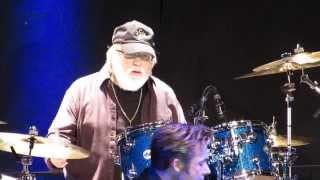 ronnie tutt drum solo jailhouse rock tcb band live in maxhtte haidhof