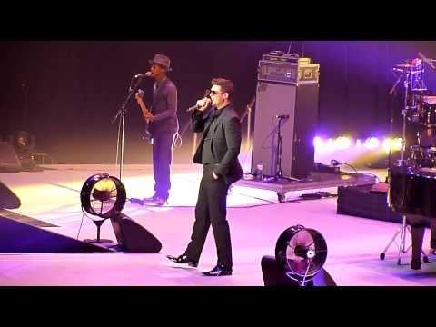 Robin Thicke - Give It 2 U - Live @ Ziggo Dome, Netherlands 20-01-2014