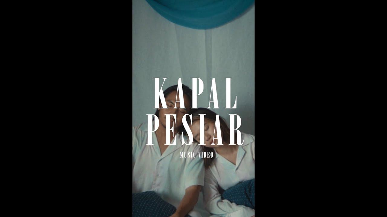 Biru Baru - Kapal Pesiar (Official Vertical Music Video)