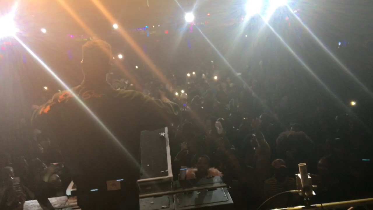 Sarkodie  and Runtown performs Pain Killer live in New York City