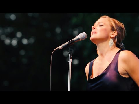 Pink Martini (with singer Storm Large) - Splendor in the Grass