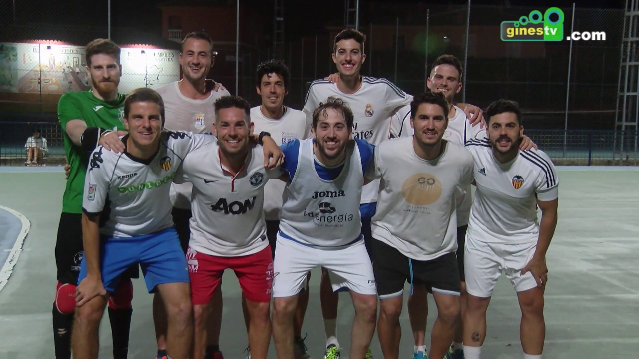 La XXX edición de la Maratón de Fútbol Sala culminó con el conjunto 'Komo nos ponemos' como Campeón