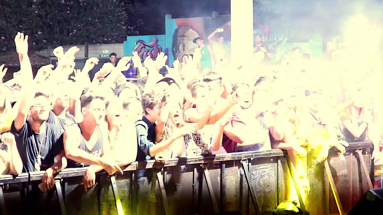 DJ SNOOPADELIC - Live Dj set in Italy - YouTube