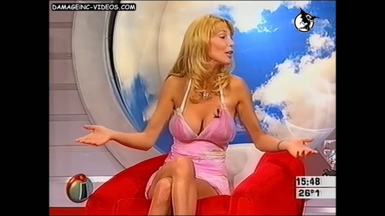 Nice Boobs In Tv Show - Youtube-7056