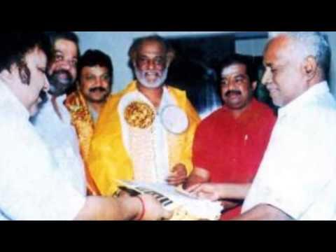 Super Star Rajinikanth Visits Melmaruvathur Adhiparasakthi Siddhar Peedam