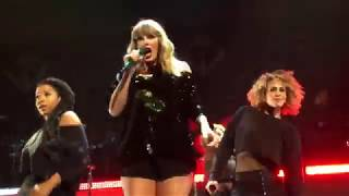Taylor Swift - Look What You Made Me Do (live at Z100 Jingle Ball NYC 2017)