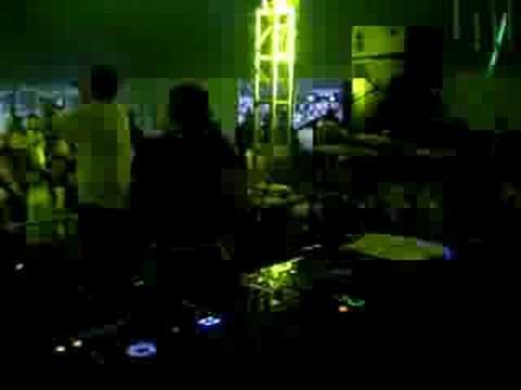 Dirty Deeds Live @ JuJu Beats 2008
