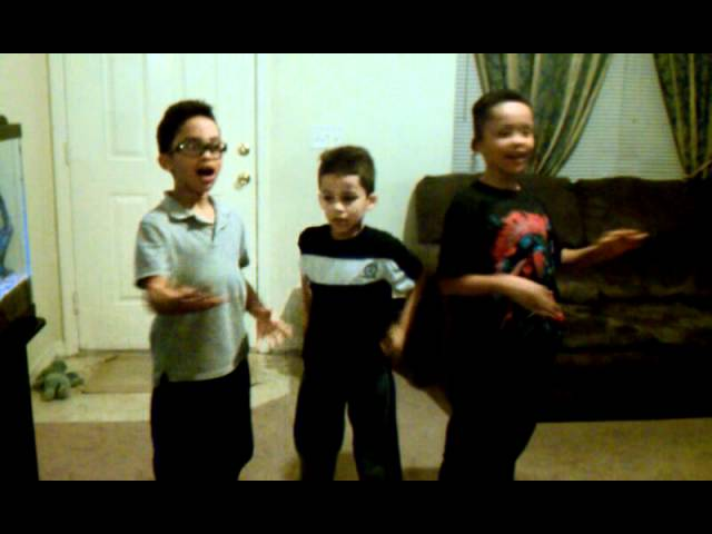 Brothers trio sings La cucaracha Travel Video